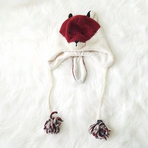 DeLux handmade winter PomPom FOX hat beanie